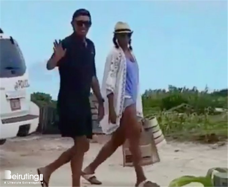 4fbb57906e6 Beiruting - Life Style Blog - Barack Obama Wears Backwards Hat on Vacation  with Michelle