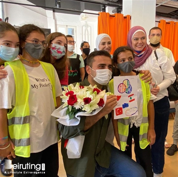 Social Event  Turkish Chef Burak Özdemir Flies to Beirut to Personally Provide Support in Streets Lebanon
