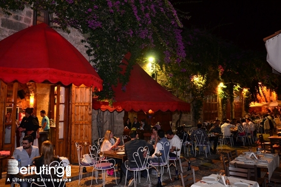 éCafé-EddeYard Jbeil Nightlife Moules Frites Night at Edde Yard Lebanon
